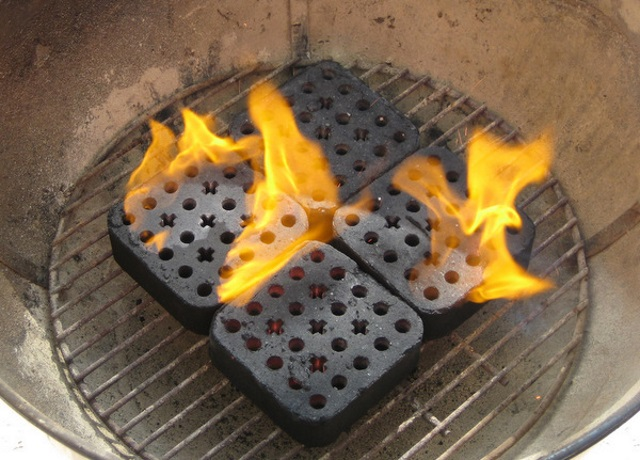 bbq brick flaming